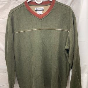 Columbia Men's Large Thick Shirt V Neck